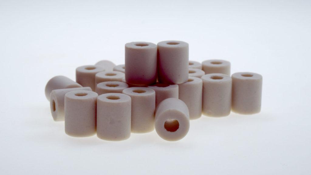 Graue EM-Keramik Pipes